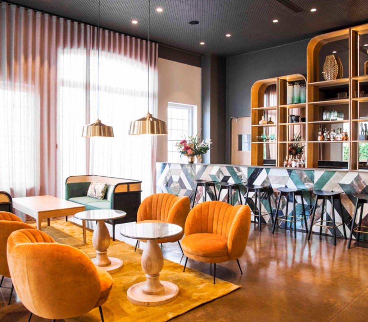 Tryn Bar Lounge landscape LR