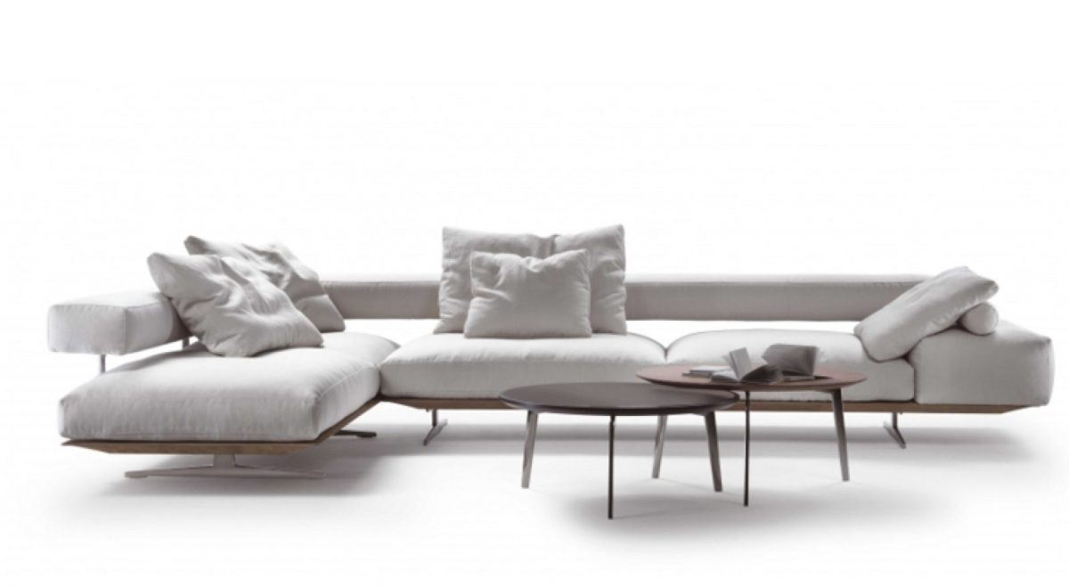 Wing sofa by Il lusso