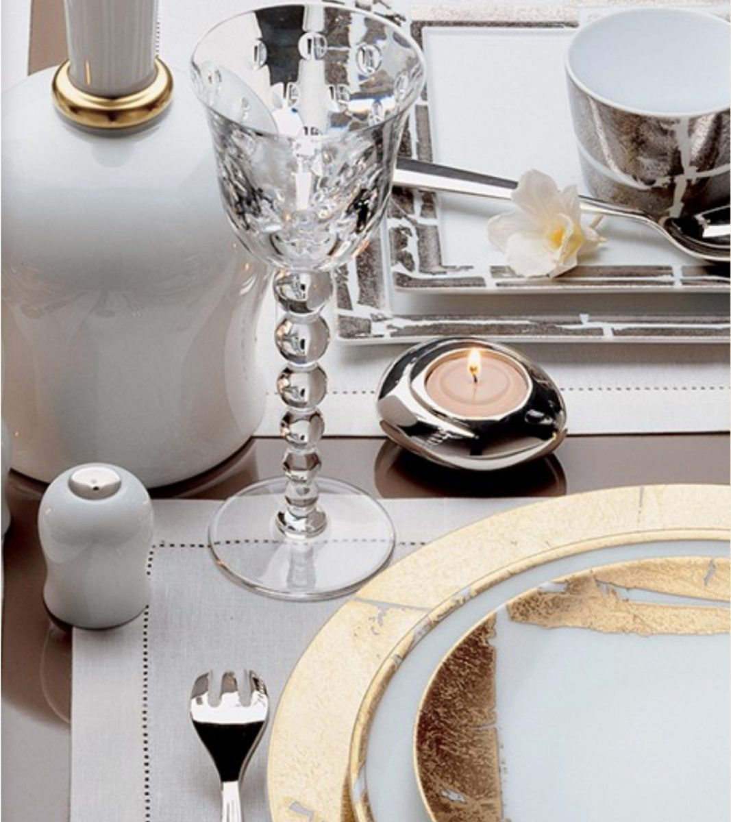 Bernardaud's Feuille d'or design