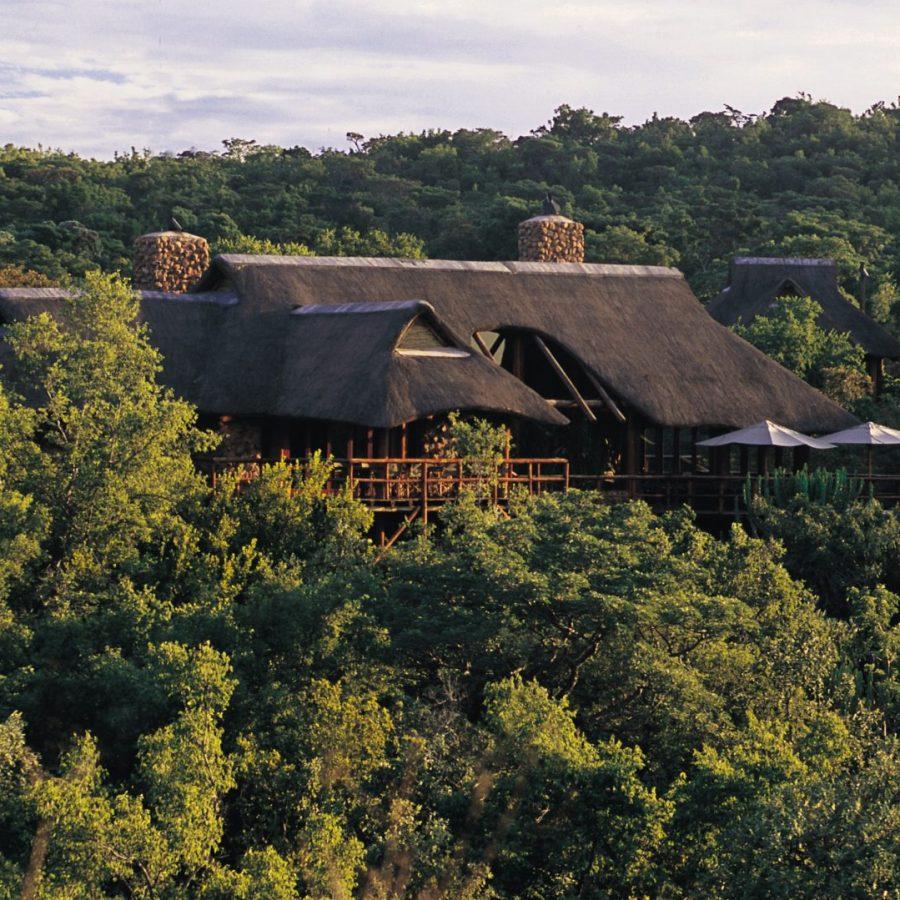 Find peace in the exclusive Makweti Safari Lodge 3