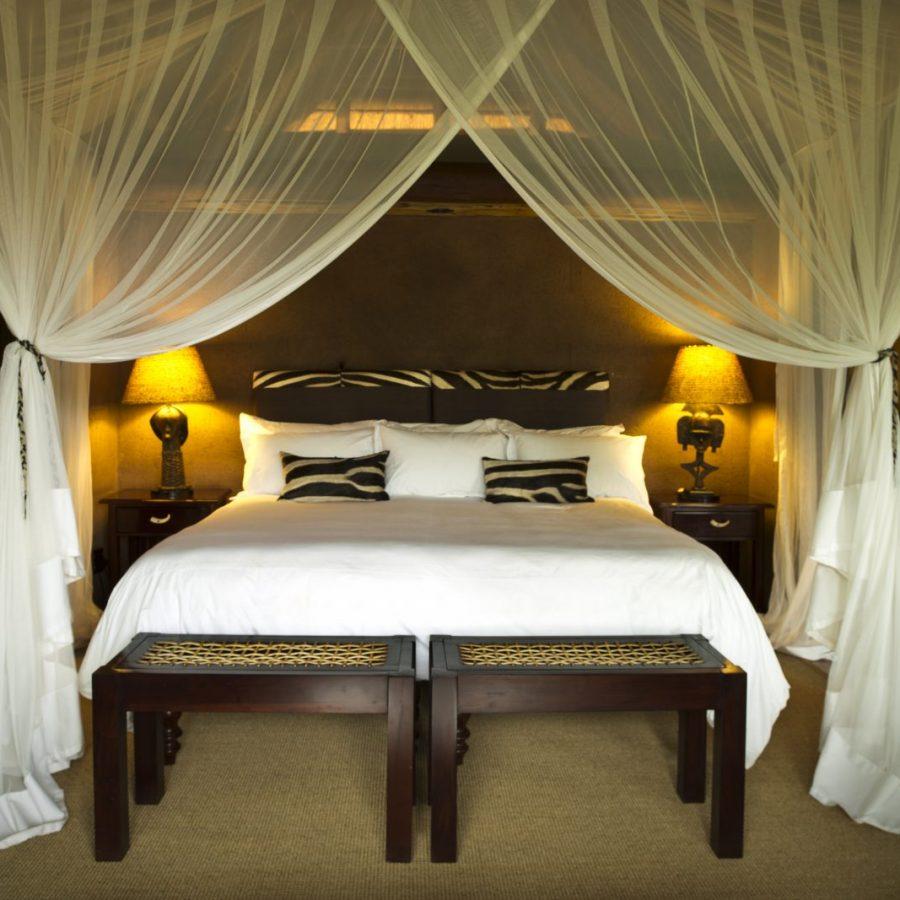 Find peace in the exclusive Makweti Safari Lodge 4